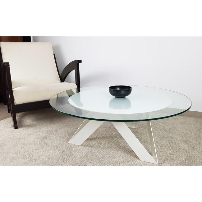 Table basse blanche avec plateau rond en verre trempé